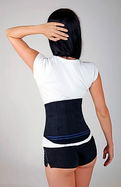 Lumbar belt with reinforcements
